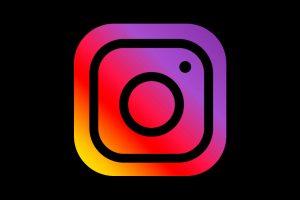 Como vender no instagram: jovem de 23 anos já vende 500 peças/mês