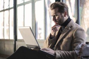 Emitir nota fiscal é obrigatório para quem vende na internet?