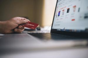 Black Friday movimentou 3,87 bilhões no E-commerce